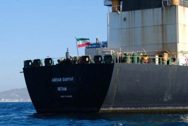 رويترز: ناقلة وقود ايرانية ثالثة في طريقها إلى لبنان