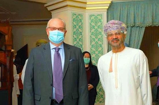 مسقط: المبعوثان الاممي والامريكي يبدآن مشاورات مع الوسطاء العمانيين والمفاوضين الحوثيين
