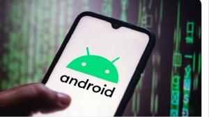 """تكنولوجيا: """"غوغل"""" تحظر 8 تطبيقات أندرويد خطيرة والخبراء يدعون المستخدمين إلى حذفها من هواتفهم"""