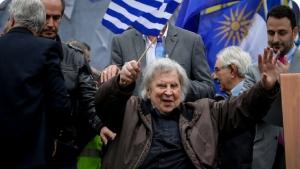 """فن: وفاة مؤلف موسيقى """"زوربا"""" اليوناني عن 96 عاماً"""