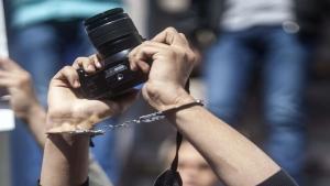اليمن: 28 حالة انتهاك ضد الصحافة في تقرير نقابي جديد