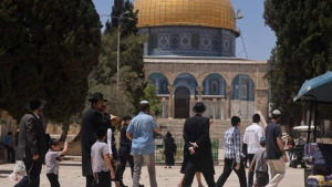 القدس: محكمة إسرائيلية تعيد العمل بقرار منع صلاة اليهود في باحة المسجد الأقصى