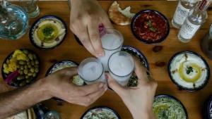 روسيا: وفاة 26 شخصا نتيجة تسمم كحولي بمشروبات روحية منتجة محليا