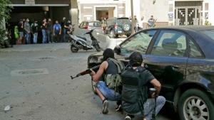 رويترز: الدم المراق في بيروت يعمق الشكوك حول تحقيق انفجار المرفأ